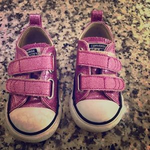 Toddler Converse Sneakers Size 5